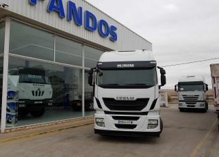 ¡¡¡Renueva tu camión por un IVECO EEV  HI WAY desde 555,00,-€ al mes.!!!  Cabeza tractora IVECO Hi Way AS440S46T/P, automática con intarder, del año 2013, con 459.486km, con garantía de cadena cinemática.