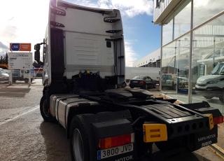 ¿¿¿Quieres pagar la tractora con cuotas muy reducidas???  Cabeza tractora IVECO Hi Way AS440S46T/P, automática con intarder, de Diciembre 2016, con 80.805km, con 24 meses de garantía de cadena cinemática.