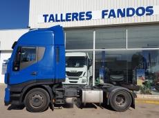 Cabeza tractora IVECO Hi Way AS440S46T/P EEV, automática con intarder, del año 2013, con 308.908km, con 12 meses de garantía de cadena cinemática.