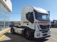 Tractor head IVECO Hi Way AS440S46T/P, automatic with retarder, year 2013, with 268.684km.