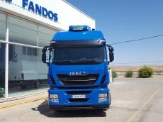 Cabeza tractora IVECO Hi Way AS440S46T/P EEV, automática con intarder, del año 2013, con 299.888km, con 12 meses de garantía de cadena cinemática.