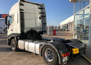 Tractor head IVECO Hi Way AS440S48T/P Euro6,, automatic with retarder, year 2014, with 360.070km.