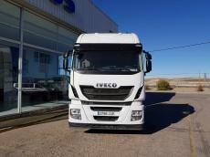 Cabeza tractora IVECO Hi Way AS440S48T/P, Euro 6, automática con intarder, del año 2015, con 155.301km, con 12 meses de garantía de cadena cinemática.