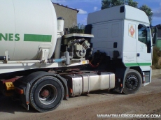Cabeza tractora ocasión Euorstar marca IVECO modelo LD440E42TP, manual con intarder.