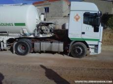 Tractora ocasión Euorstar marca IVECO modelo LD440E42TP, manual con intarder.