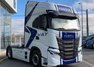 Nueva Tractora  IVECO S-WAY AS440S51TP: - Motor Cursor 13, 510cv. - Automática con intarder. - Full equip.