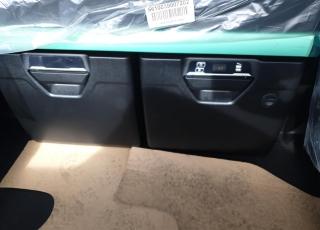 Nueva Tractora  IVECO S-WAY AS440S51TP: - Motor Cursor 13, 510cv. - Neumáticos 385/65R22.5 y 3151/80R22.5. - Automática con intarder. - Visera externa. - Calderines de aluminio. - Partes Plásticas Color Cabina (Blanco). - Baterías 220A. - Volante en piel. - Seccionador de baterías eléctrico. - Spoilers laterales y de techo. - Abatimiento Cabina asistido. -  Cajón herramientas bajo piso. - Parasol enrrollable en puertas. - Adblue 135 litros. - Asiento pasajero neumático. - Depósito combustible 1260 litros. - Quinta rueda JOST. - Safety lock (Cierre nocturno. - Calefactor suplementario. - Frigo Premium. - INFOTAINMENT+ DSE + DAS. - Navegador. - Luces antiniebla función cornering. - Bocina neumática en chasis. - GPS predictivo y FMS. - Nuevas luces de ambiente LED. - Climatizador. - 2 literas