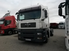 Cabeza tractora MAN TGA440, automática con  intarder, del año 2007 con 955.888km