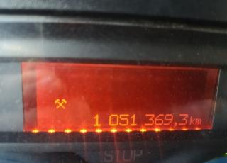 Cabeza tractora de ocasión Renault Magnum 480, semi-automática, con 1.051.369km del año 2006.
