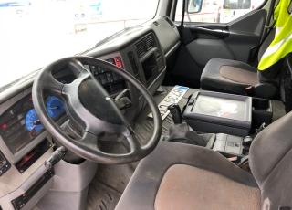 Cabeza tractora de ocasión Renault Premium 420.18T, automática con  intarder, con 1.061.554km del año 2004.