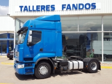 Cabeza tractora de ocasión RENAULT  PREMIUM 460.18 DXI, automática con intarder, spoilers, 491.557km del año 2011.