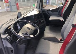 Cabeza tractora, RENAULT PREMIUM T460, automática con intarder,  del año 2017, con 464.079km, con equipo de frío nocturno.  Precio 33.500€+IVA con tractora reacondicionada, ficha técnica española y SIN garantía.