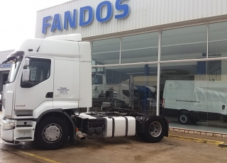 Tractor head Renault Renault Premiun 450 DXI, automatic with 1.289.646km.