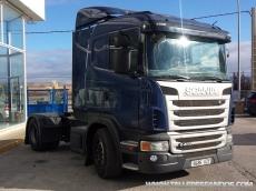 Cabeza tractora de ocasión marca Scania modelo G400, automático (dos pedales) con intarder, diciembre 2010, 817.292km, con cama.