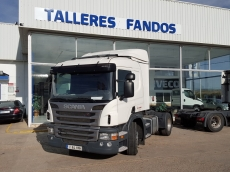 Tractor head Scania P400 automatic with retarder, year 2012, 512.526km with bed.