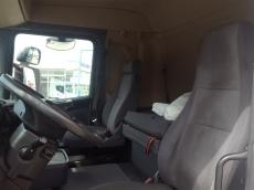 Cabeza tractora de ocasión marca Scania modelo R420, Opticruise con intarder, año 2009, 1.039.065km, con cama.