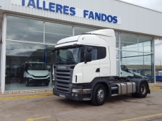 Cabeza tractora de ocasión marca Scania modelo R420, Opticruise con intarder y equipo hidraulico, año 2007, 1.075.929km, con cama.