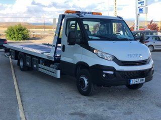 Car or truck transporter IVECO 70C18H