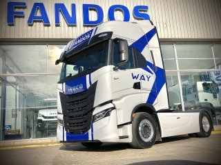 Tractor unit IVECO S-WAY AS440S51TP