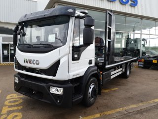Car or truck transporter IVECO ML150E28