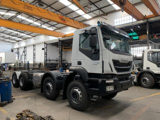 Chassis IVECO TRAKKER AD410T50 Euro6