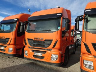 Tractor unit IVECO AS440S46TP Hi Way