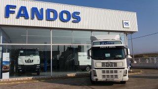 Tractor unit Volvo FM42 440