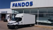 Closed box IVECO 35S15 20m3 puerta elevadora