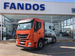 Tractora IVECO Hi Way AS440S46T/P EEV techo bajo