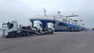 Entrega de 2 cabezas tractoras usadas IVECO AS440S50TP en puerto de Valencia. Desde Talleres Fandos seguimos exportando a todo el mundo.
