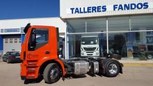 Entrega de cabeza tractora nueva IVECO AD440S42T/P con una TARA increíble,