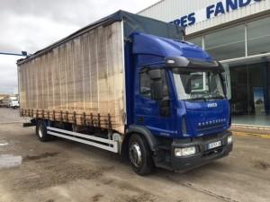 Entrega de camión de ocasión IVECO ML180E28 con caja tauliner para Alicante.