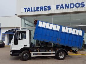 Camión de ocasión IVECO ML100E22K, de 2 ejes del año 2010, con 75.228km, con caja basculante