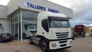 Entrega de cabeza tractora de ocasión IVECO AS440S50TP automática con intarder del año 2011, se va para Alcoy, Alicante.