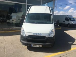 Entrega de furgón de ocasión IVECO 35S13V de 12m3 para Priego, Cuenca.