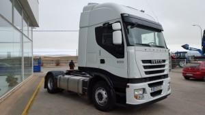 Entrega de tractora de ocasión  IVECO AS440S50TP  para Zaragoza.