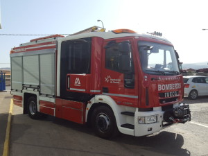 Entrega de camión de bomberos IVECO Magirus.