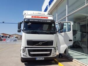 Entrega de cabeza tractora de ocasión VOLVO FH13 460 para Geldo, Castellón.