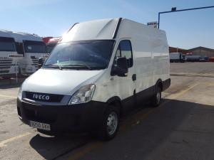 Entrega de furgón de ocasión IVECO 35S13 de 12m3 a nuestros amigos de Barbastro Huesca.