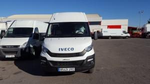 Nuevo microbus IVECO 50C17 con el cambio Hi Matic.