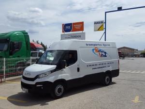 Entrega de furgón de ocasión IVECO 35S13V de 12m3 modelo moderno, para nuestro amigo de Ramon y Lahoz.