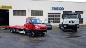 Entrega de una estupenda IVECO 70C18 carrozada con una plataforma porta vehículos.