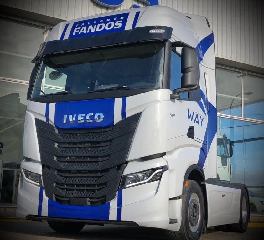 Nueva tractora DEMO IVECO S-WAY de FANDOS.