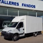 Nueva entrada en el stock Furgoneta IVECO 35C15 caja paquetera
