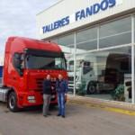 Entrega de tractora de ocasión IVECO AS440S46TP a Petru de Gerona.