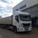 Entrega de una tractora nueva IVECO en Calanda, Teruel.